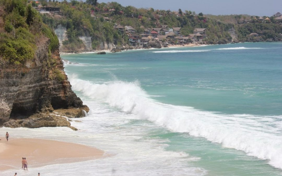 Pantai Dreamland Bali, Salah Satu Destinasi Terbaik di Bali