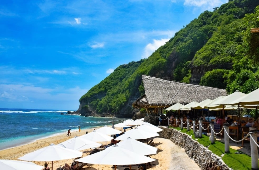 Pantai Finn's Bali, Private Beach