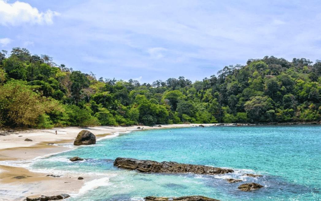 Pantai Wedi Ireng Banyuwangi, Panorama Indah Menenangkan Hati