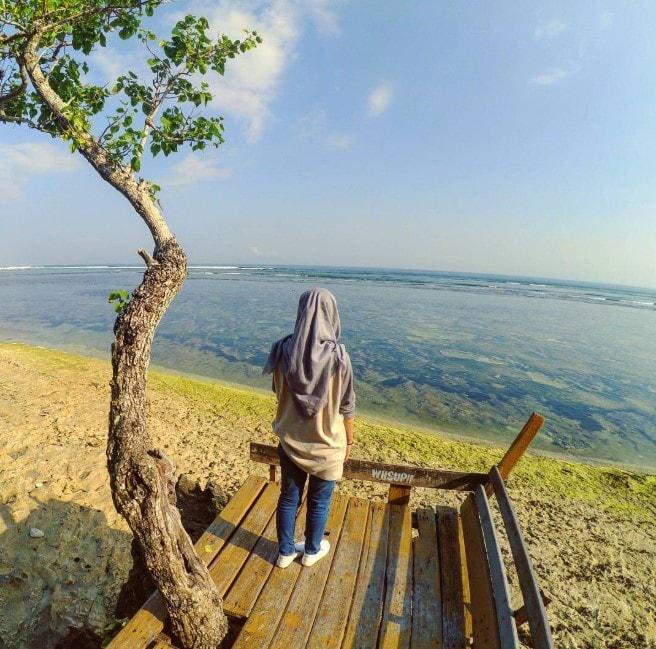 lokasi pantai plengkung alami