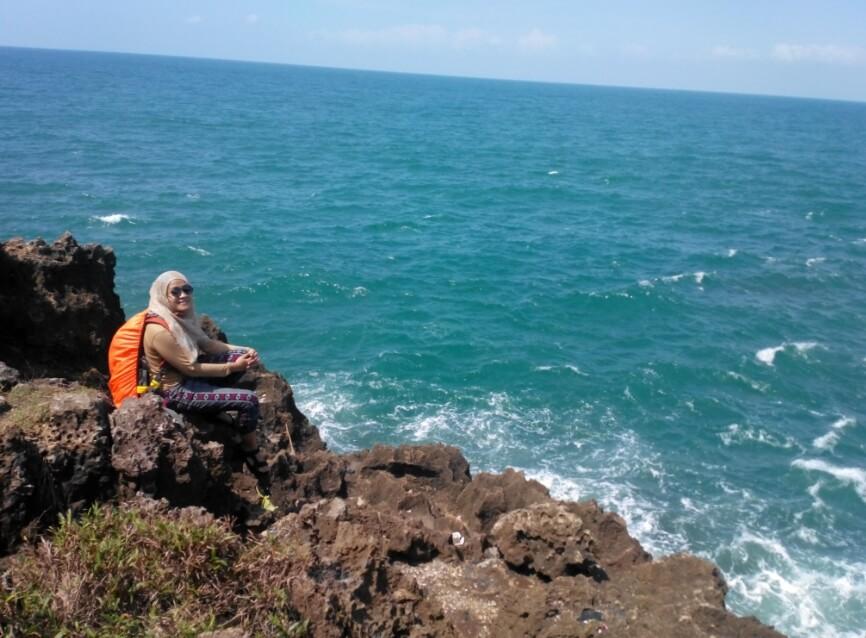 Pantai Keusik Luhur Tempat Meditasi