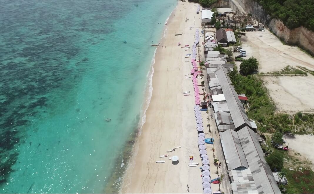 Pantai Pandawa, Salah Satu Spot Bermain Kano Favorit di Bali!