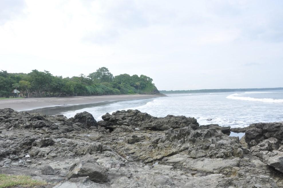 Pemandangan Alam Pantai Gradjagan