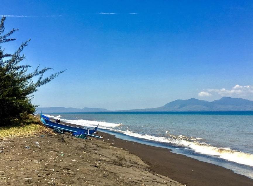 Spot Berenang Pantai Cemara