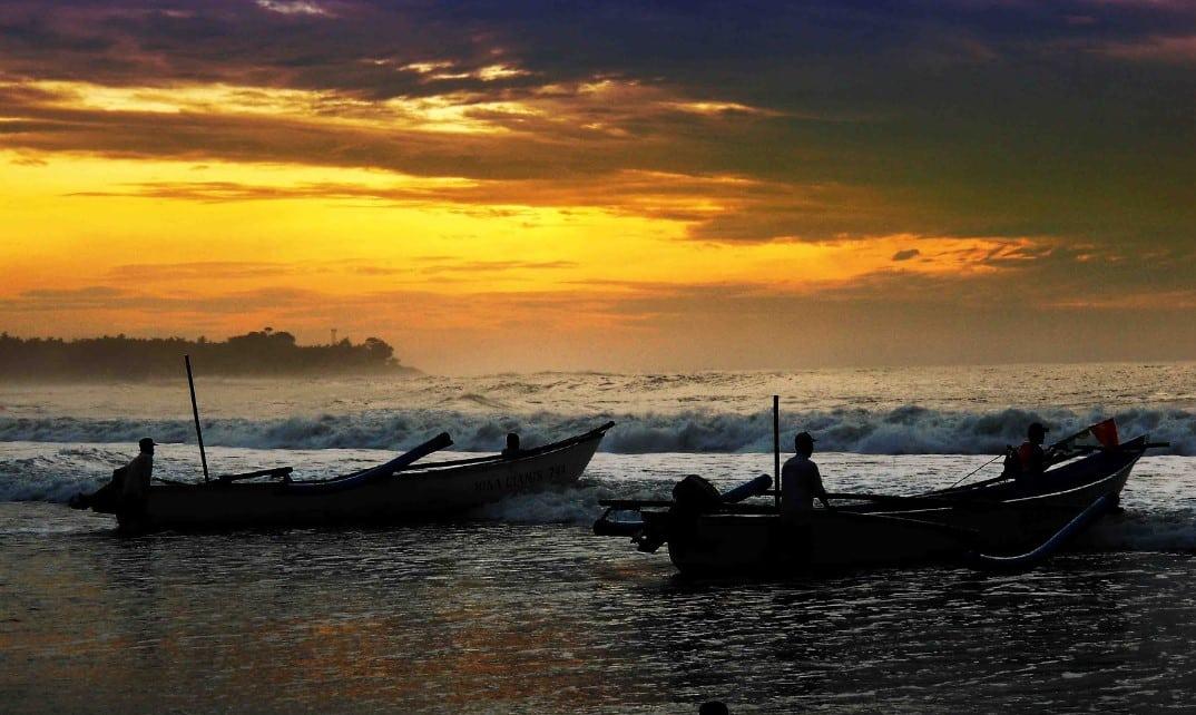 Sunset di Pantai Legok Jawa