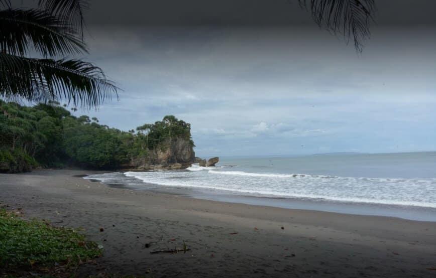 Pantai Pasir Beusi