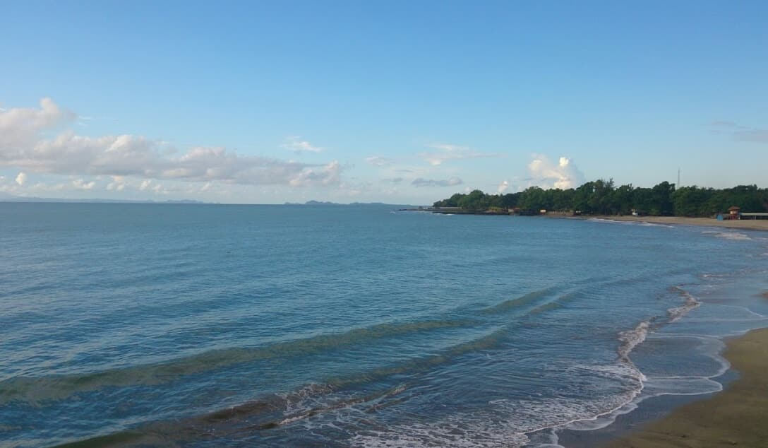 Private Beach Pantai Pangelek