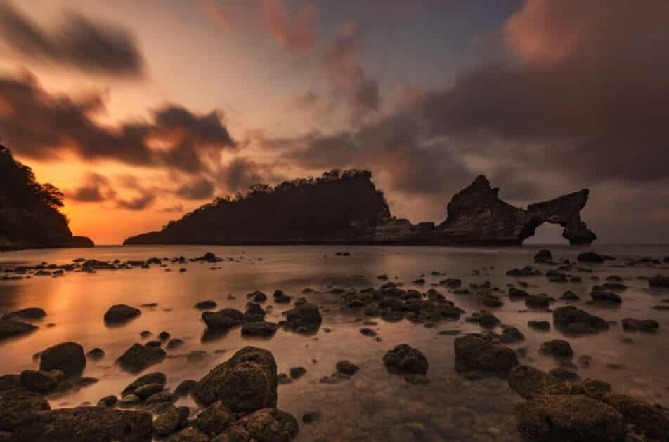 Sunrise Pantai Atuh