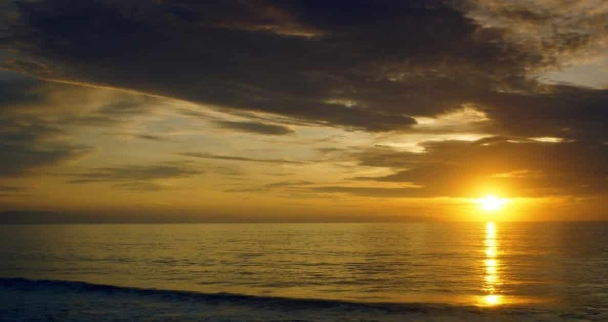 Sunrise Pantai Pangelek