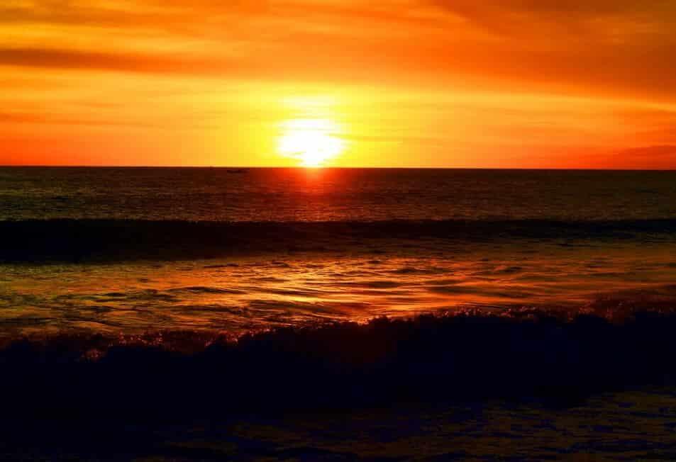 sunset pantai solok timun