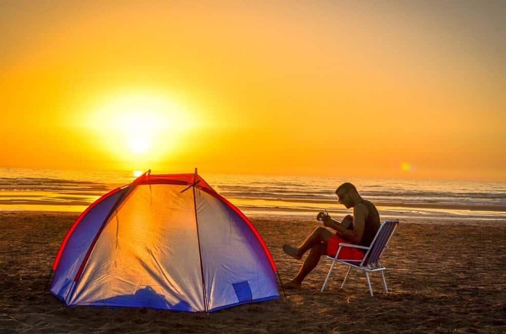 Berkemah di Pantai Palatar Agung