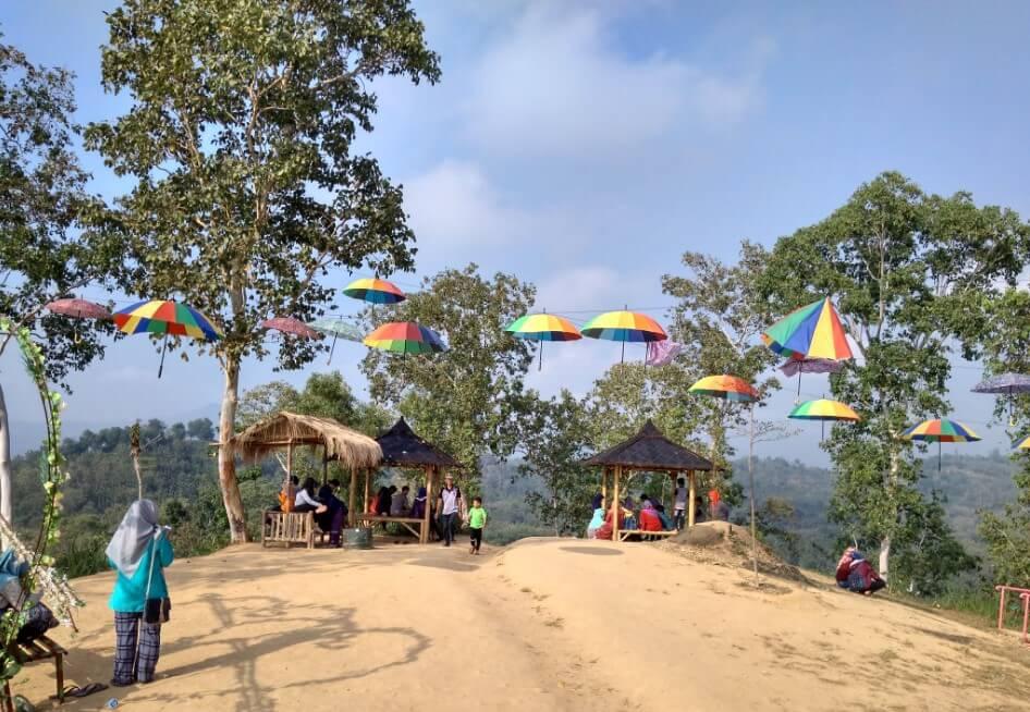 Lokasi Taman Wisata Watu Prau Bukit Cinta Bayat