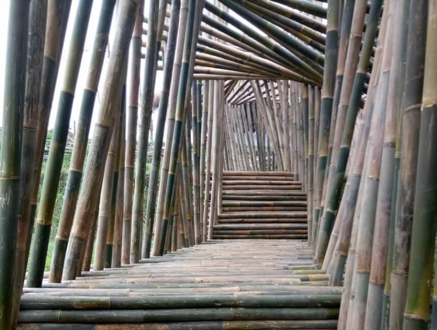 Terowongan Bambu karang resik