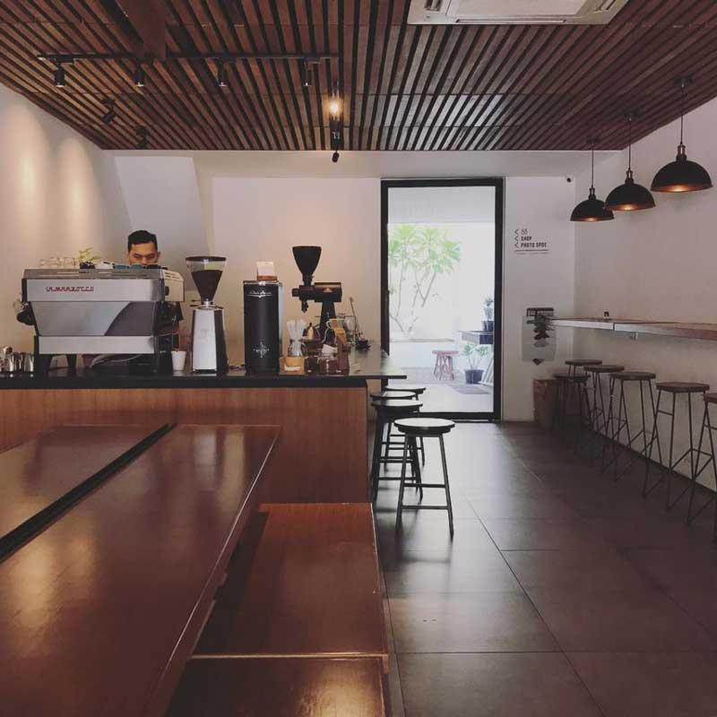 cafe di jalan diponegoro semarang