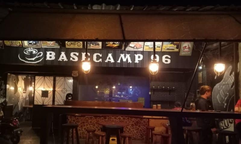 cafe di jogja Basecamp 96 Coffee &Resto