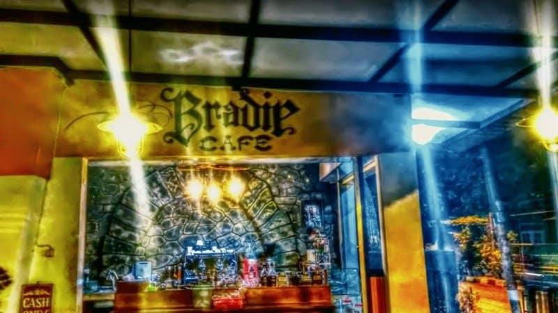 cafe di jogja Bradip Warung Kopi