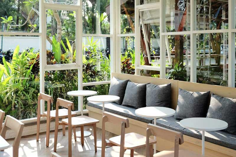 15+ Cafe di Malang yang Romantis, Bagus, Murah, dan Instagrammable!