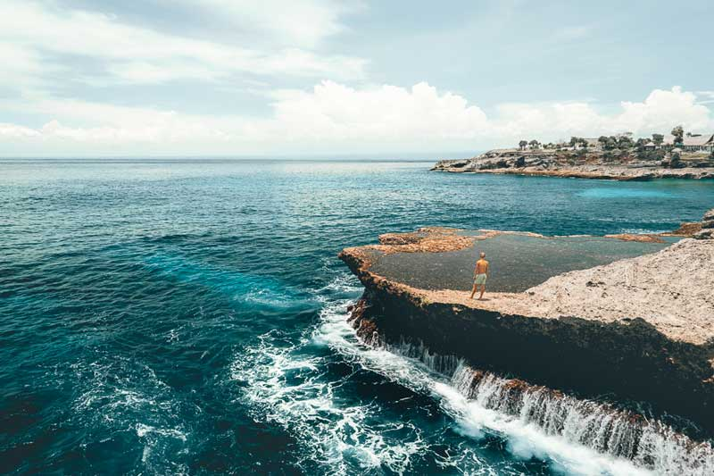 Pantai Nusa Lembongan, Spot Private dengan Orang Tersayang!