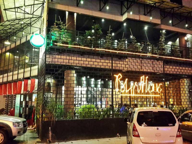 15+ Cafe di Pekanbaru yang Romantis, Hits, Cocok untuk Hangout!
