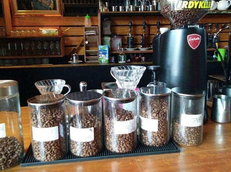 15+ Cafe di Sibolga Terbaru, Murah, dan Pas Buat Nongkrong!