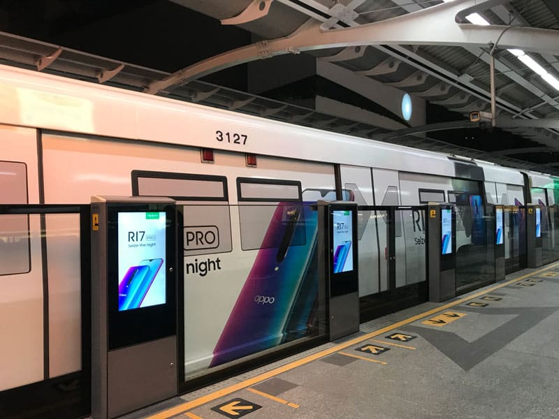 bts sky train di bangkok