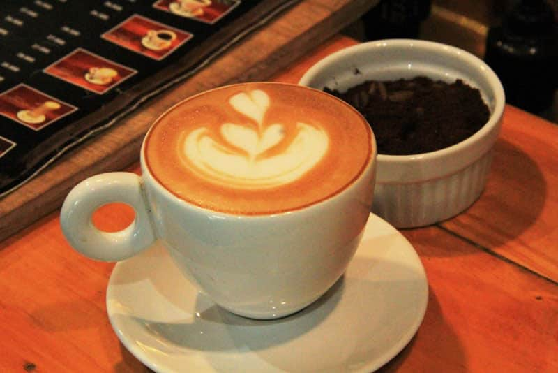 cafe alhambra cilacap