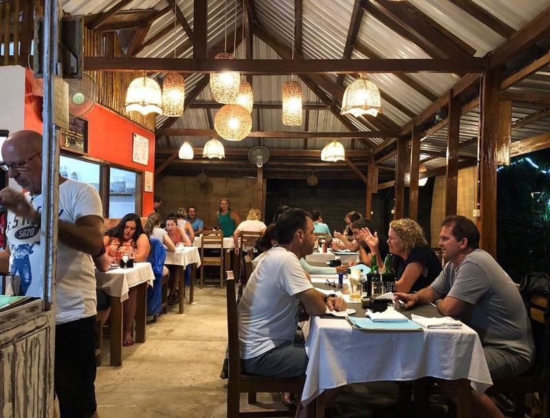cafe di lombok live music