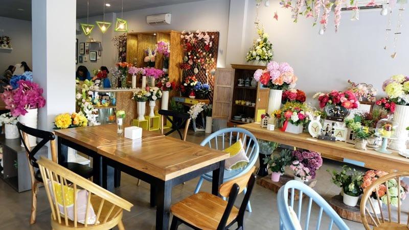 cafe di bandar lampung 24 jam