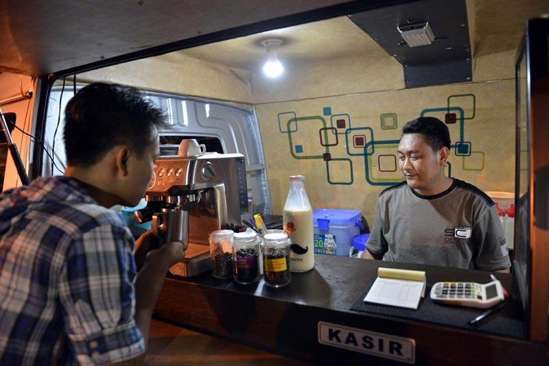 cafe di bandar lampung hits