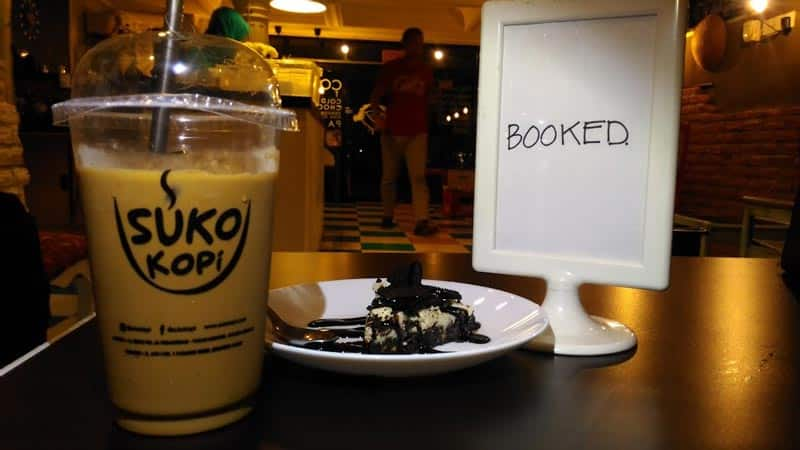cafe near padang kota