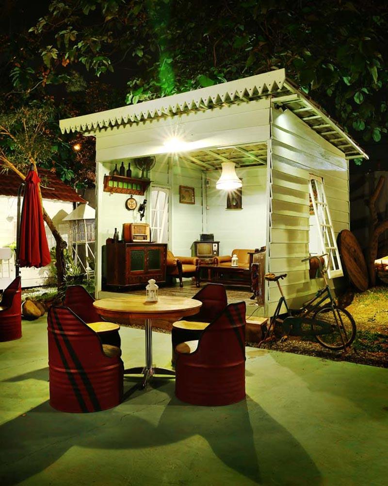 cafe di palembang square