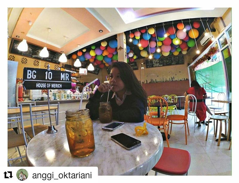 cafe di palembang pusat