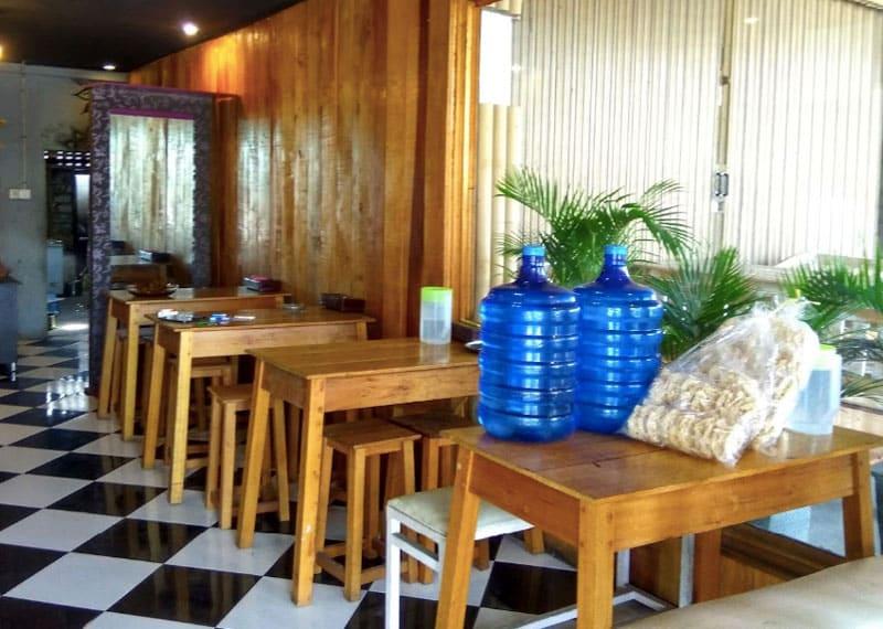 cafe orange di payakumbuh