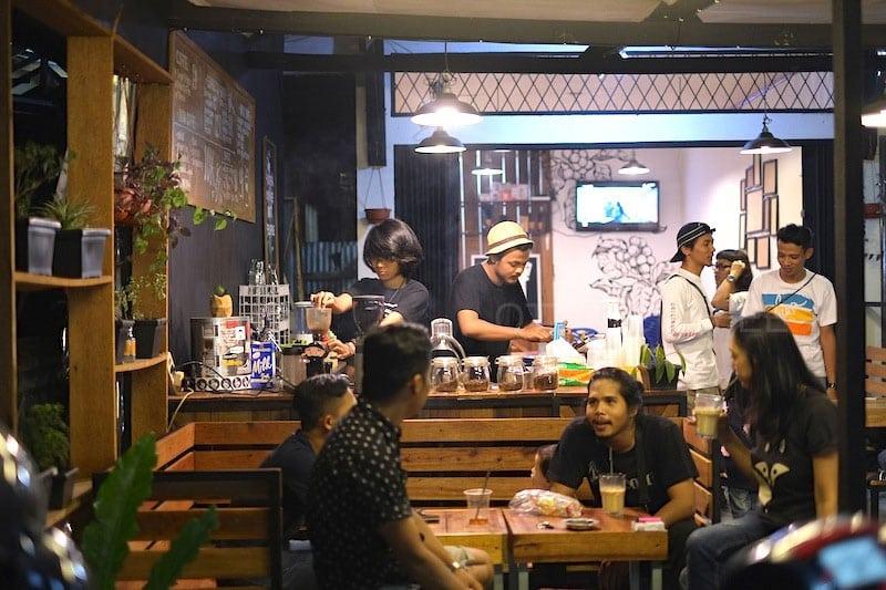 cafe di simpang banteng payakumbuh