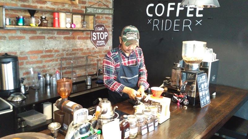 cafe murah di tangerang