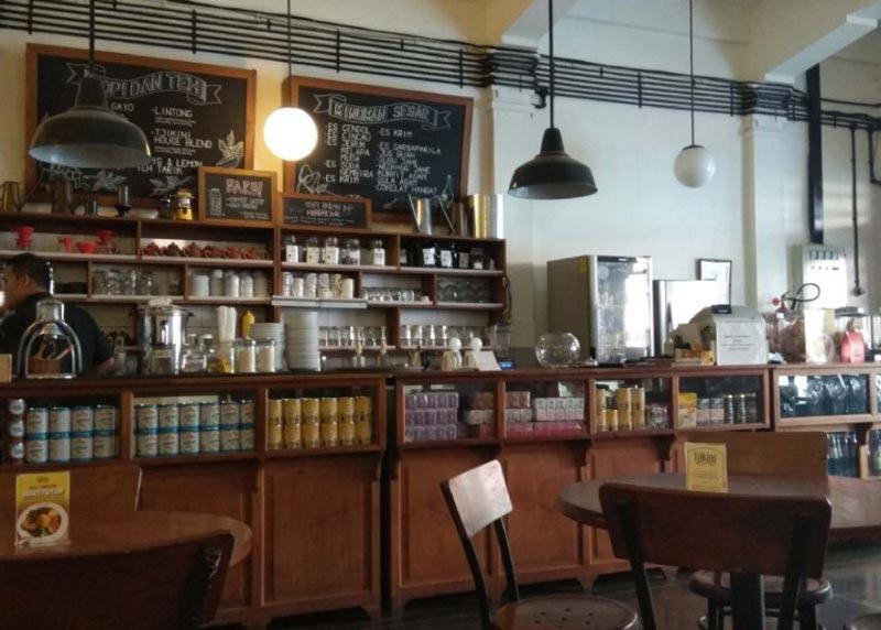 cafe menteng area