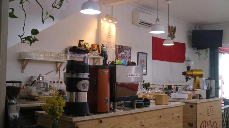 cafe asik tebet
