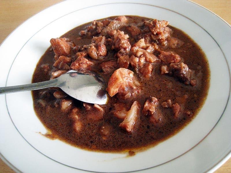 makanan khas karo dari kotoran kerbau