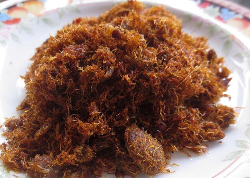 salah satu makanan khas sumatera utara khususnya medan adalah