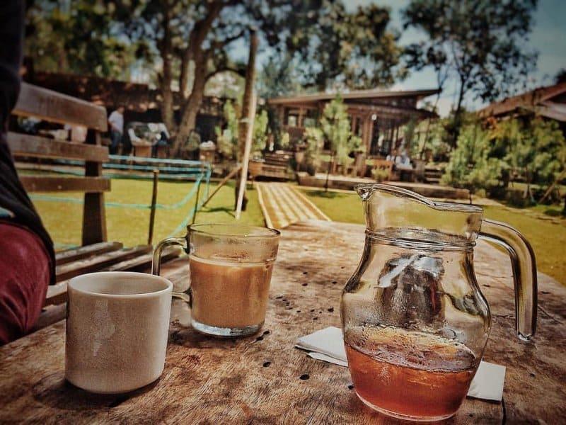 cafe di antapani untuk anak mud