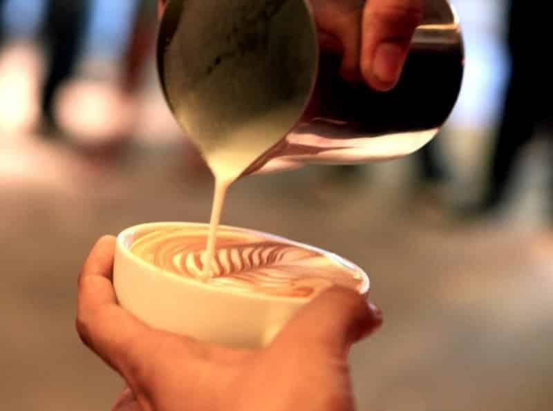 cafe di bandung hits