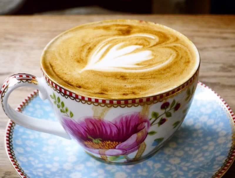 cafe di bandung yang enak buat nugas