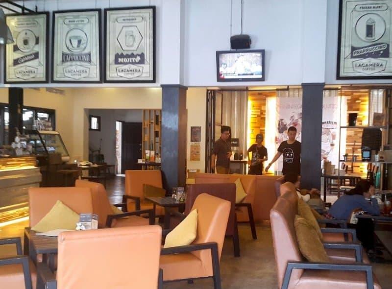 cafe di laswi bandung
