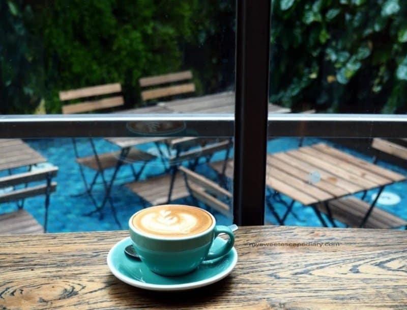 d cafe pakar bandung