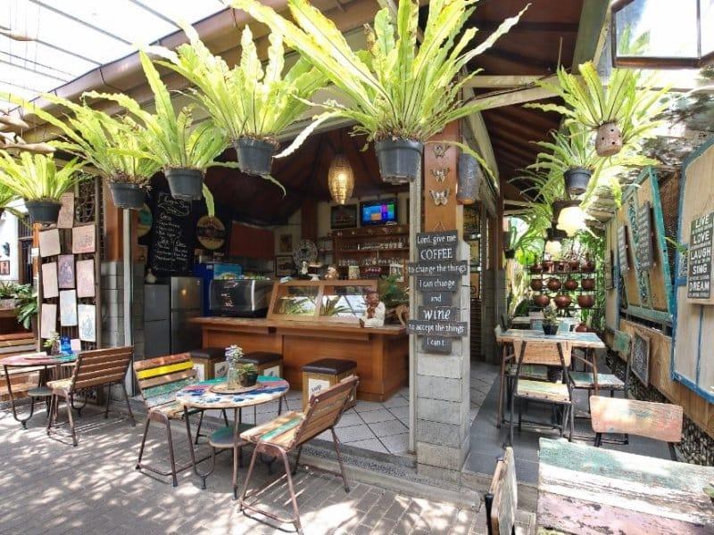 cafe bandung instagramable 2020