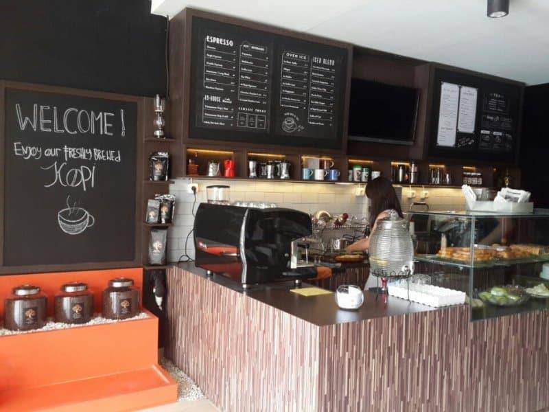 cafe enak di bekasi