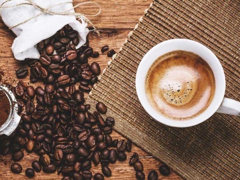 cafe di braga bandung