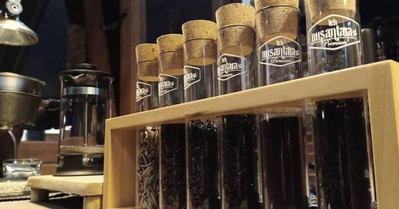 cafe di cibinong hits