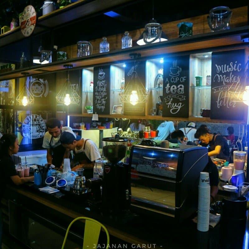 cafe di garut bagus