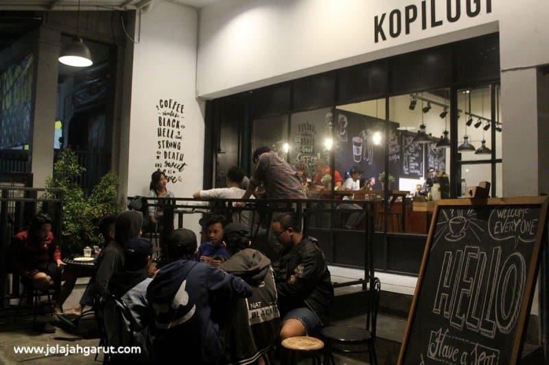 cafe romantis di garut